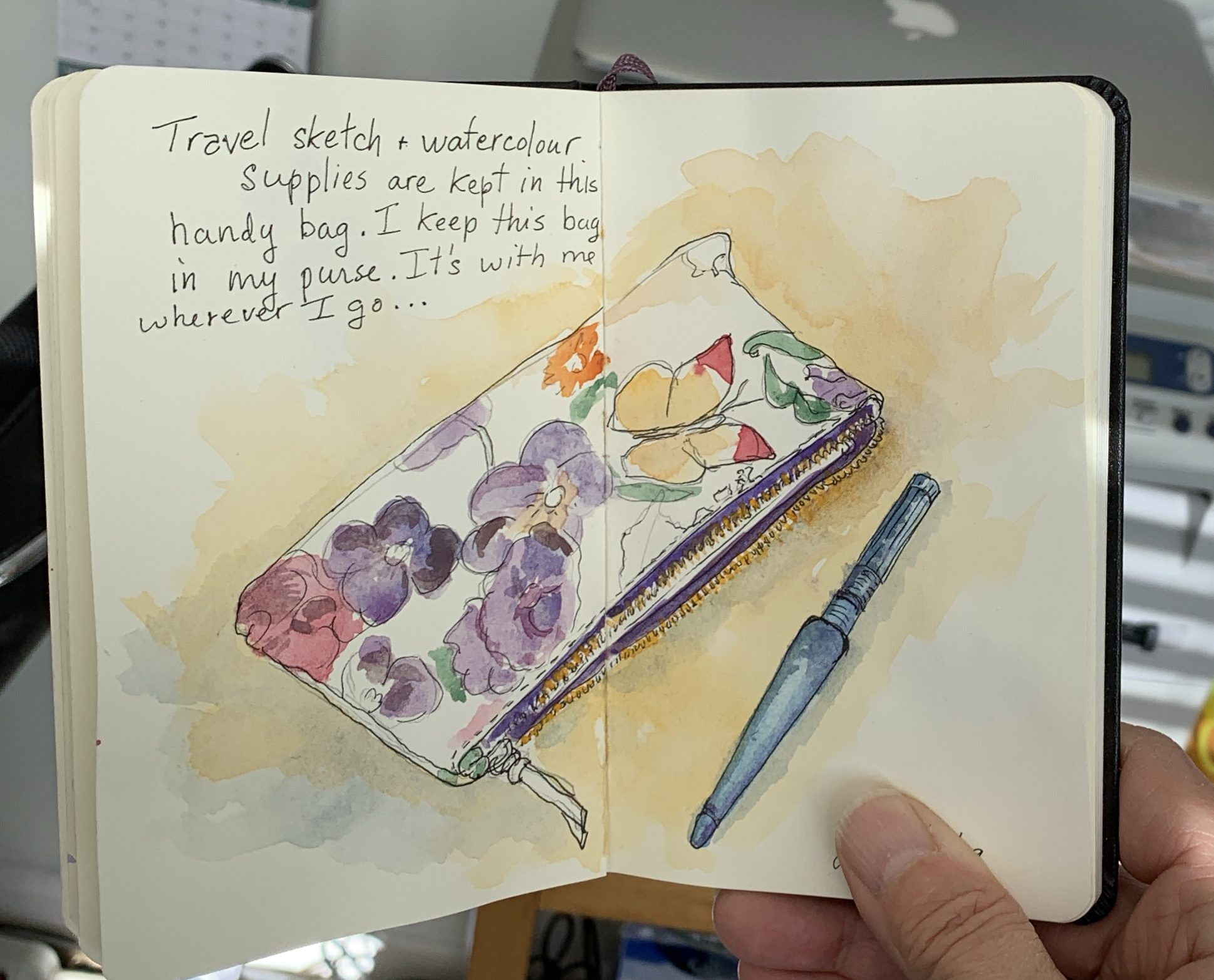Sketchbook: Travel Art Bag